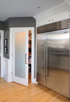walk in pantry --- add frosted glass to the pantry door!!!! This will let the light from our window to shine through & light the hallway.