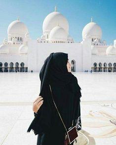 Niqab Fashion, Muslim Fashion, Ootd Fashion, Fasion, Arab Girls, Muslim Girls, Hijabi Girl, Girl Hijab, Black Hijab
