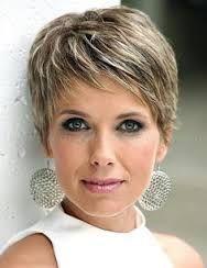 Resultado de imagen para cabello corto canoso mujer