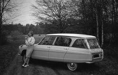 What if...Flaminio Bertoni had the freedom to design the Citroën Ami break the way he liked? Copyright Koen Beekmann. (Photoshop)