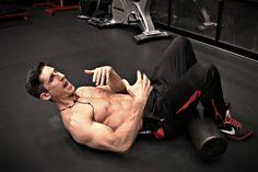 H άσκηση που πρέπει να κάνεις ΠΑΝΤΑ πριν τους κοιλιακούς!