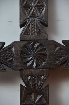 Chip Carving, Woodcarving, Geometry, Religion, Sculptures, Anna, Ornaments, Architecture, Illustration