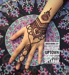 For inquiries or reservations please fumes butiranya wedding henna sp . For inquiries or reservations please fumes butiranya wedding henna sp . Henna Hand Designs, Pretty Henna Designs, Modern Henna Designs, Henna Tattoo Designs Simple, Mehndi Designs For Girls, Henna Tattoo Hand, Henna Tattoos, Henna Art, Mandala Tattoo