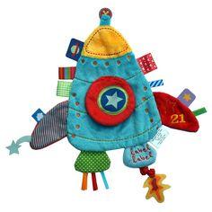 Een knuffeldoekje dat lief en stoer tegelijk is, in de vorm van een kleurige raket.