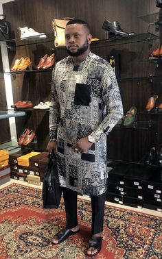 Latest African native wears for men - DarlingNaija Latest African Wear For Men, African Shirts For Men, African Dresses Men, African Attire For Men, African Clothing For Men, Nigerian Men Fashion, African Men Fashion, Look Fashion, Mens Fashion