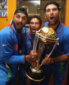 Baji, Sachin and Yuvraj - Indian Cricket Team. Baji - grrr.