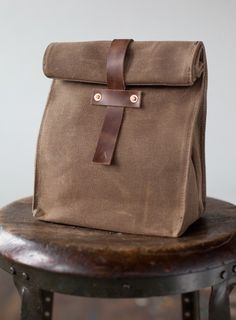 lunch tote in waxed canvas $65
