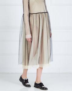 «Как носить прозрачное платье LES' @les_store ? Например,одно на другое! Чем больше прозрачных слоёв, тем лучше»