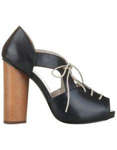 Tom Gunn's Piper shoe...so cute