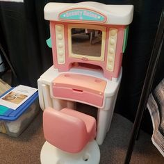Vintage Little Tikes Beauty Salon with Chair. Hair Dryer, Crimper, Brush and Mirror. This Beauty Salon was released in the 19