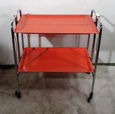 mid century design - Servierwagen minimalistischer Rollwagen roter Teewagen 60er   Antiquitäten & Kunst, Design & Stil, 1960-1969   eBay! Mid Century Style, Chair, Furniture, Ebay, Design, Home Decor, Drink Cart, Rolling Carts, Minimalist
