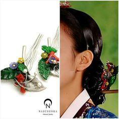 Dong yi Korean Traditional Dress, Traditional Dresses, Baek Ji Young, Korean Princess, Korean Accessories, Dong Yi, Korean Jewelry, Beautiful Costumes, Historical Costume