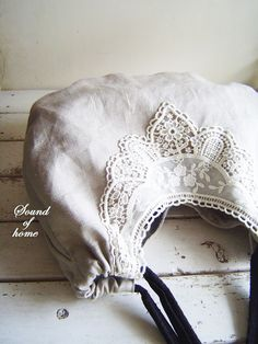 Drawstring bag with lace trim...<3   Ooh cute looks like a trip to primark & market