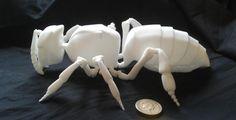 Fascinating 3D Printed Animatronic Honey Bee