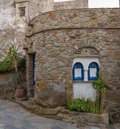 ioannisdg:      Tinos Island, Greece  Cycladic medieval beauty