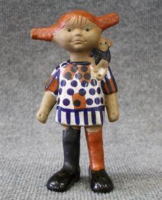 Lisa Larson- Pippi Långstrump Must find! Stig Lindberg, Naive Art, Nordic Design, Ceramic Artists, Scandinavian, Goodies, Childhood, Arts And Crafts, Retro