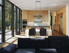 The Harkavy Residence, Wooden House Inspiration by Robert Gurney Architect - Kitchen and Dining Room