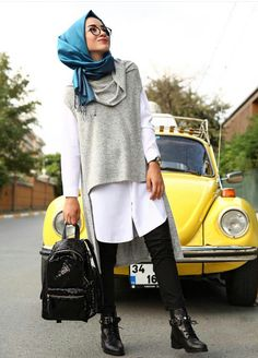 Love everything about this look! Street Hijab Fashion, Arab Fashion, Muslim Fashion, Modest Fashion, Womens Fashion, Hijab Casual, Hijab Chic, Hijab Outfit, Tumblr Outfits