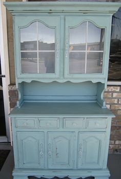 I want to refinish a hutch... love the duck egg blue color