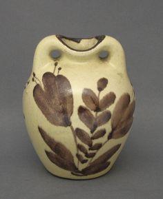 Shopping Places, Old Antiques, Finland, Designers, Vase, Ceramics, Friends, Decor, Ceramica