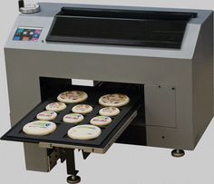 Benefit comparison of solvent inkjet printers and UV inkjet printers. Decide what type inkjet printer is best for your business. Commercial Kitchen Design, Commercial Ovens, Printer Ink Cartridges, Inkjet Printer, Edible Image Printer, Baking Store, Baking Supplies, Baking Tools, Cool Technology