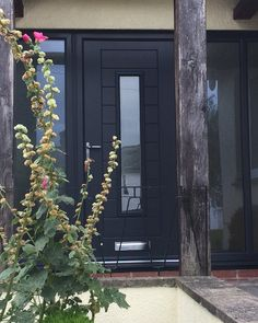 Another stunning installation by one of our experienced and prefered installers. Find your nearest one & get a quote now: http://endurancedoors.co.uk/authorised-retailers/