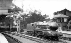 6400 Class locomotive 6424 at Kidderminster in Diesel Locomotive, Steam Locomotive, Time Travel Machine, Heritage Railway, Old Steam Train, Steam Railway, Abandoned Train, Train Times, British Rail