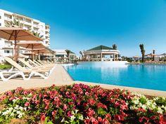 Het 5-sterren hotel IBEROSTAR Royal el Mansour is de nieuwste aanwinst van Iberostar op het vasteland van Tunesië. De uitgebreide faciliteiten, prachtige ligging en het mooie, uitgebreide wellness centrum zijn slechts enkele pluspunten van dit hotel. Geniet van de ligging direct aan het mooie zandstrand en wandel eens u op uw gemak naar de haven en het mooie, oude centrum van Mahdia. Voor de kinderen is er volop waterpret in het aparte kinderbad.    Officiële categorie *****