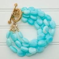 love the seed bead ends.