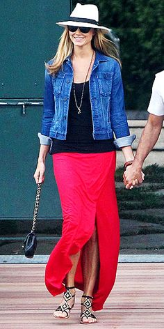 Cute outfit    BEADED SANDALS photo | Stacy Keibler
