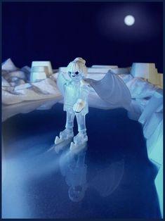 """Aus einem der letzten Märchen Hans Christian Andersens """"die Eisjungfrau"""". Playmobil"""