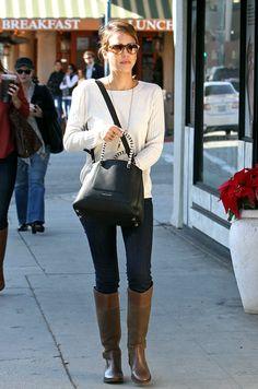 Estilo para el invierno nice boot and purse