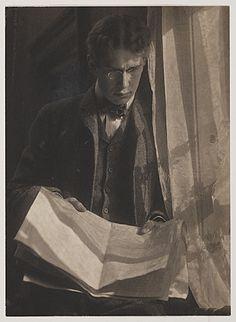 Citation: William Ivins, ca. William Mills Ivins papers, Archives of American Art, Smithsonian Institution. Alfred Stieglitz, Portraits, Portrait Art, Female Photographers, Portrait Photographers, Fine Art Photo, Photo Art, Vintage Photographs, Vintage Photos