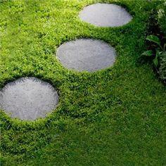Trampsten Hasselfors Garden