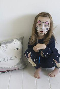 Tutorial: Cute Cat Face Painting For Halloween #diy #halloween