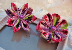 Kanzashi Flower Hair clip set of Two by krantwist on Etsy, $11.99