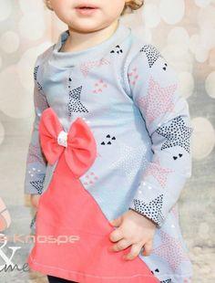 Nähbar als Tunika, Kleid oder Cardigan mit dekorativer Teilung und inklusive Applikationsvorlagen - Schnittmuster und Nähanleitung via Makerist.de