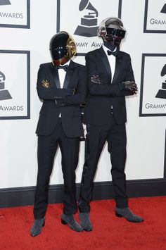 """""""Get Lucky"""" love the song love the video congratulation on all your wins! Pharrell, Guy-Manuel de Homem-Christo (L) and Thomas Bangalter of Daft Punk attend the GRAMMY Awards Daft Punk Poster, Daft Punk Albums, Grammy Awards 2014, Punk Guys, Grammy Red Carpet, Celebs, Celebrities, Lsu, Red Carpet Fashion"""