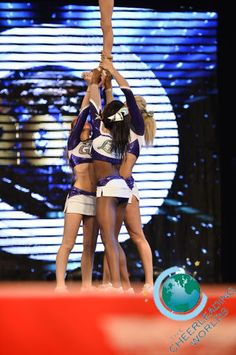 Green Bay Elite Lime The Cheerleading Worlds 2014
