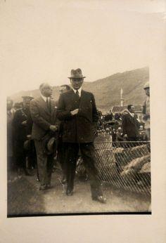 Atatürk'ün Giyimiyle Mankenlere Taş Çıkartan 9 Fotoğrafı   MustafaKemâlim