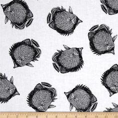 Kanvas Neptune's Dream Angel Fish White from @fabricdotcom  Designed by Maria Kalinowski of Kanvas for Benartex Fabrics, this cotton print includes black fish on a white background. Use for quilting, apparel and home decor accents.