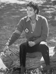 <3 Michael Jackson <3 - Relaxing and having fun on the set of Moonwalker