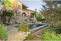 European Glamour in Brentwood | Luxury Homes