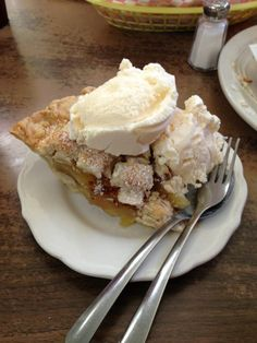 18 Places In Texas Where You Can Get The Most Mouth Watering Pie