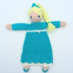 Lappenpop Elsa #haken #hakeniship #hakeniscool #hakenisleuk #hakenisleuk #crochet #crochetaddict #crocheting #crochetdoll #crochetersofinstagram #virka #virkad #elsafrozen #frozenelsa #instacrochet #häkeln #lappenpop #alasascha #crochetlover #crocheted by happy_crochet_creations