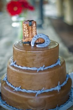 Western Decor for Events or Weddings - Wedding Decor Toronto Rachel A. Western Wedding Cakes, Western Cakes, Western Decor, Western Style, Cowboy Cakes, Western Weddings, Western Theme, Cowboy Western, Indian Weddings