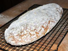 """Oggi vi propongo una ricetta per il pane nel forno a legna senza l'uso dell'impastatrice, utilizzando una ricetta ispirata dal libro My Bread"""" di Jim Lahey."""