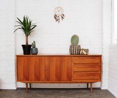 Vintage Kommoden - Sideboard * 1960er * Nussbaum - ein Designerstück von mill-vintage bei DaWanda