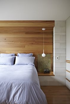 Project // Clayfield House Bricklayer: Dea O'Neill Bricklaying Photographer: Alicia Taylor Product: GB Honed in Porcelain Interior Architecture, Interior And Exterior, Interior Design, Interior Styling, Bedside Table Height, Bedside Tables, Hanging Lamps For Bedroom, Bedroom Ceiling, Ceiling Curtains