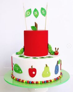 The Very Hungry Caterpillar Birthday Cakes Inspiration - Find Your Cake Inspiration - Finns Raupe Nimmersatt Party - Birthday Cakes For Men, Birthday Cake Kids Boys, Birthday Cupcakes, Birthday Parties, Birthday Ideas, Birthday Wishes, Birthday Recipes, Birthday Crafts, 2nd Birthday